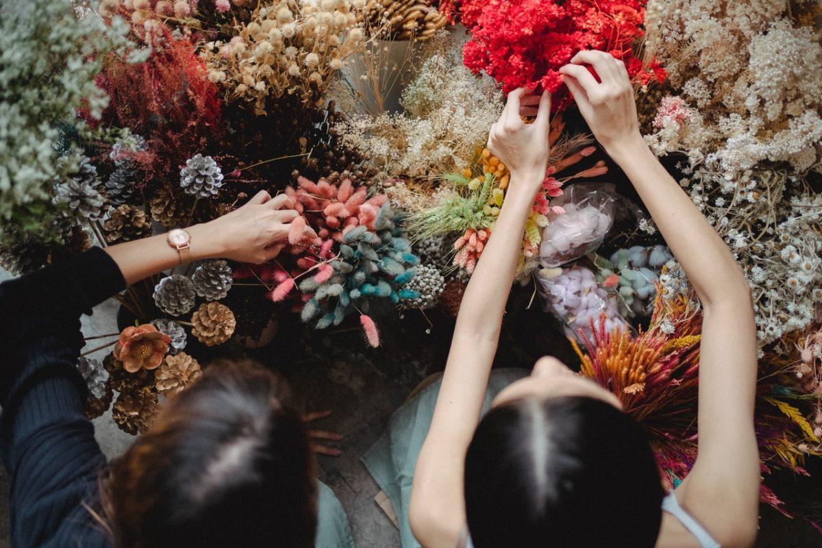 Naucz się twórczo układać kwiaty!