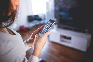 Odczuwasz lęk przed brakiem telefonu komórkowego? To może być nomofobia!
