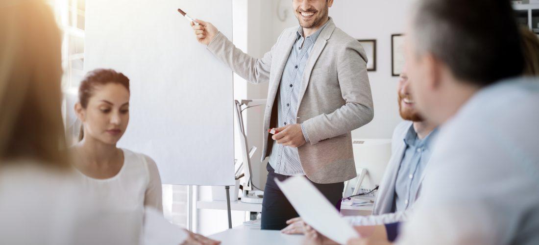 Kursy i szkolenia – szansa na efektywne przebranżowienie?