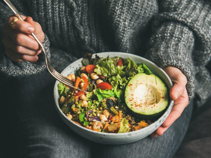 Chcesz jeść zdrowiej? Te 3 profile w social mediach pomogą Ci zmienić codzienne nawyki!
