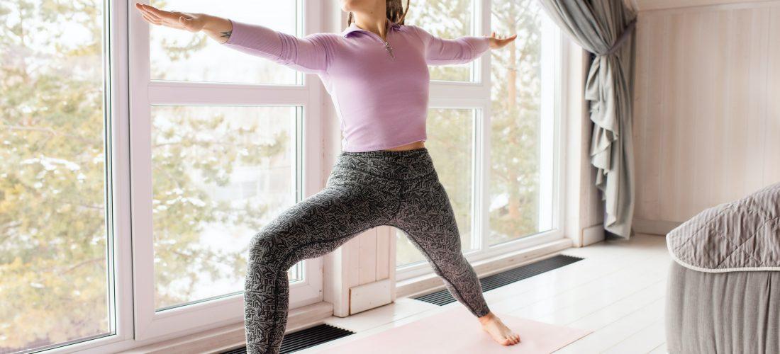 Strój do jogi – jaki wybrać?