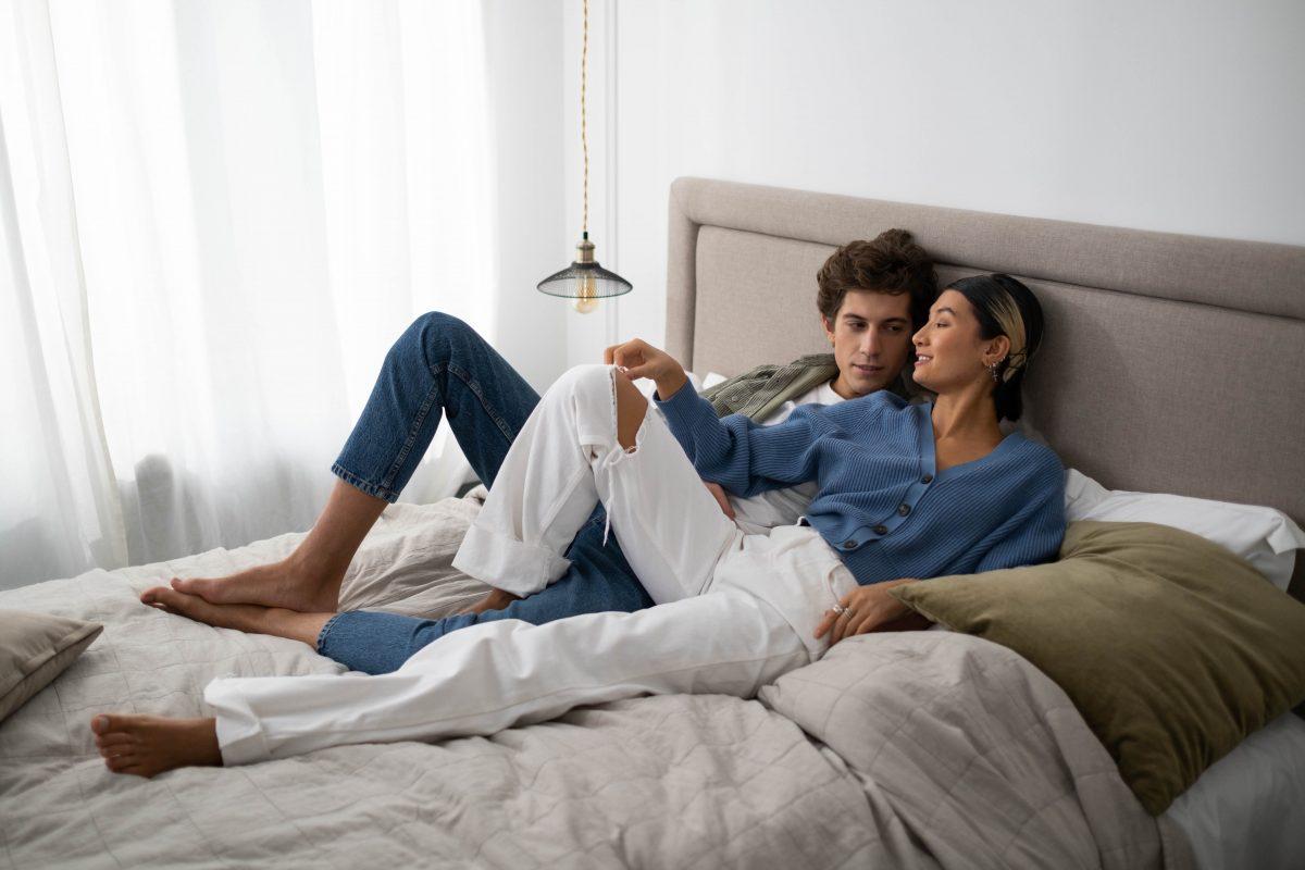 Jak poprawić nastrój w sypialni? Podpowiadamy